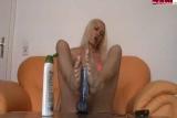 Blonder Engel - Footjob